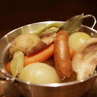 野菜たっぷりポトフ鍋(source)