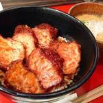 味噌カツ丼(矢場とん 矢場町本店 (やばとん))