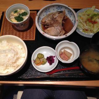 煮魚定食(魚菜屋 なかむら )
