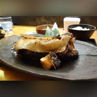 マグロカマの煮付け(ABURIYA KINNOSUKE)