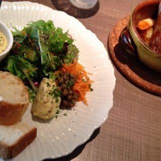 スペアリブランチ(キッチンリブス (Kitchen Ribs by Shun Tamura))