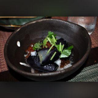 茄子の煮浸し(ABURIYA KINNOSUKE)