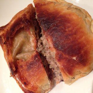 サーモンとキノコのパイ包み焼き(ヌーボラ)