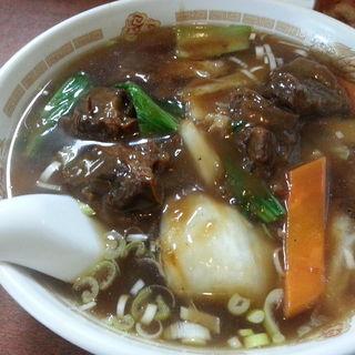 肉絲湯麺(肉入りそば)(李香園)