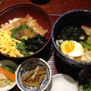 ウニ飯・海鮮ひつまぶし丼ランチ(樂旬堂 坐唯杏 (ザイアン))