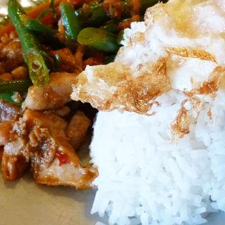 鶏肉といんげんの炒め物(スイート バジル (Sweet Basil))