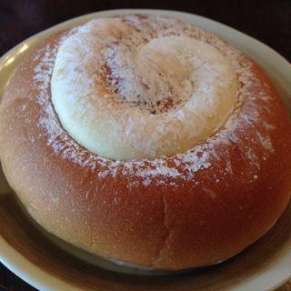 プリンパン(かたぎはらのパン屋さん )