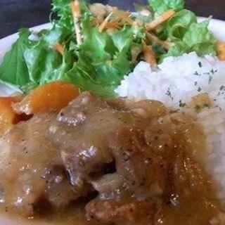豚バラ肉のビール煮込みプレート(アナログ カフェ ラウンジ トーキョー (ANALOG CAFE/LOUNGETOKYO))