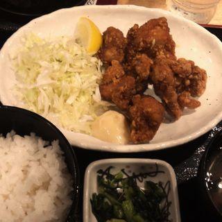 鶏のから揚げ定食(ランチメニュー)(DEEP CUP (ディープ カップ))