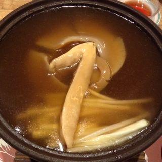 ふかのひれの姿煮込み松茸添え(中国料理 桃李 (トウリ))