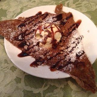 デザートガレット(チョコレートソース)(クレープリー・ルポ (Crêperie Repos))