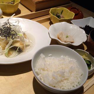 真鱈の唐揚げ 昆布茶あん(ランチ/本日の魚料理)(和食・酒 えん 品川ウィング高輪店 )