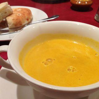 カボチャの冷製スープ(ミモザ (MIMOSA))