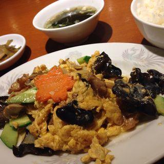 キクラゲと豚肉の玉子炒め(外苑飯店 (ガイエンハンテン))