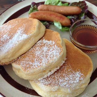 メープルソーセージパンケーキ(トタンコットンカフェ)
