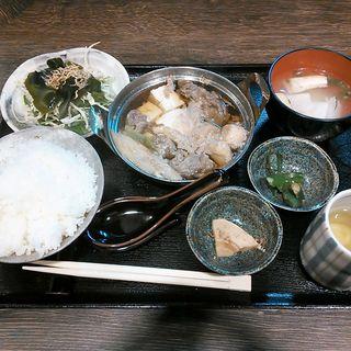 牛すき鍋定食(すまっしゅ )
