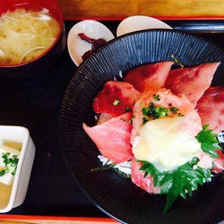 上マグロ丼(漁十八番 )