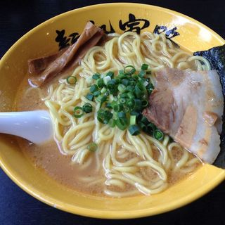 らー麺(金)(麺処寅路)