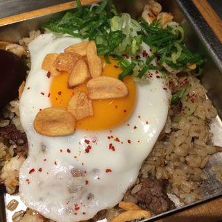 ガーリック焼き飯(神戸六甲道・ぎゅんた 丸の内店 )