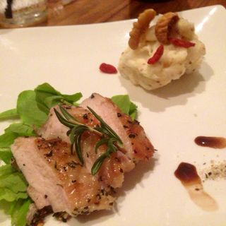 鶏モモのハーブグリル(オリエンタルレシピカフェ (ORIENTAL Recipe Cafe))
