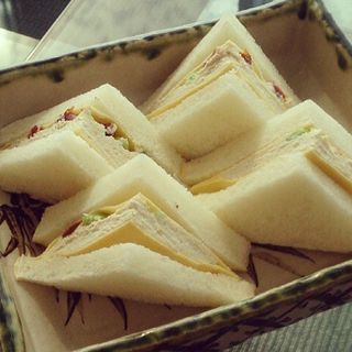 干し柿と枝豆とチーズの白和え 和サンド