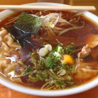 ワンタン麺(桂山 )
