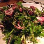 牛『ササミ』肉の炭火焼きとほうれん草の甘バルサミコ&マヨサラダ