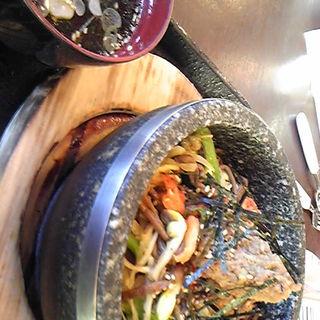 石焼ビビンバ(源食菜菜)