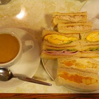 サンドゥイッチ(はまの屋パーラー)