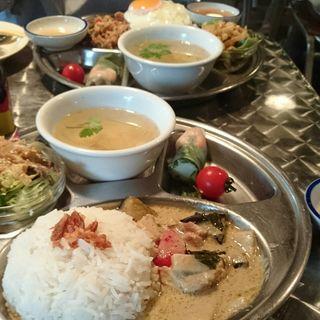 鶏肉と野菜のグリーンカレー(ペパカフェ・フォレスト (pepacafe FOREST))