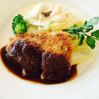 魚介と野菜のヴァプール 白ワインソース& 牛フィレ肉のカツレツ デミグラスソース(上野精養軒 3153店 )
