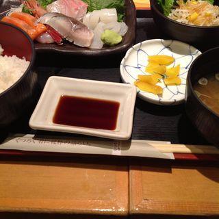お刺身定食(海へ アスティ店 (【旧店名】ととと))