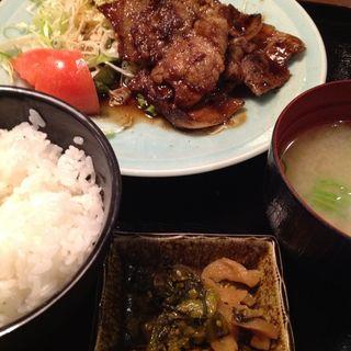 豚肉のしょうが焼き(天然居酒屋ふうり)
