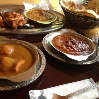 ドーキシミカリー(チキンカリー/ナスとトマトの2種類のカリー) (ONSEN食堂 (オンセンショクドウ))