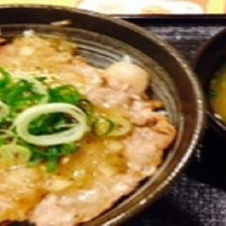 塩豚ロース丼 小盛(吉野家 JR姫路駅店 )