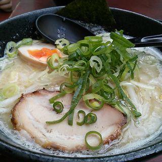 いけ麺ラーメン 白(麺屋 いけ麺 )