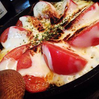 トマトチーズ焼き(赤○中目黒 (akamaru))