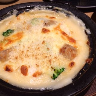 真鯛と里芋の白味噌グラタン(近畿大学水産研究所 )