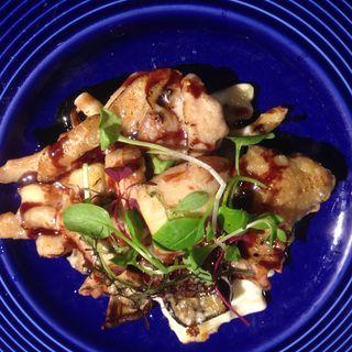 チキンローストきのこと茄子のマカロニグラタン(GOOD EAT TABLE & STANDARD BAR (グッドイートテーブルアンドスタンダードバー))