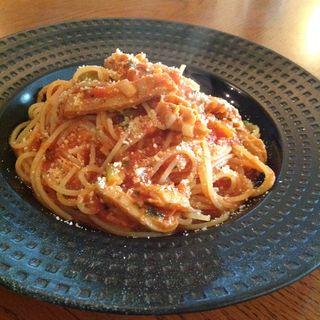 トリッパのトマトソースのパスタ(Dining & Bar Le creer (ダイニングアンドバー ル クレエ))
