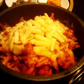 石焼チーズタッカルビ丼(でりかおんどる 新大久保本店 (【旧店名】おんどる))