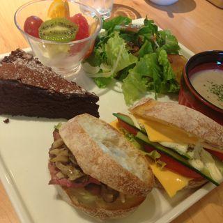 森のガーデンサンド(パークサイドカフェ (PARK SIDE CAFE))