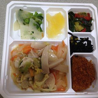 豚肉とキャベツの高菜炒めセット(ミールタイム)