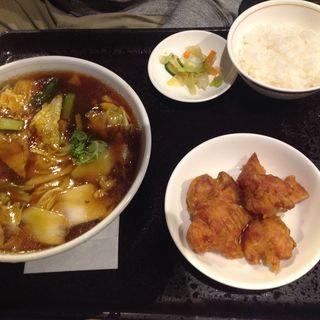 あんかけ醤油ラーメンとから揚げのセット(張家口 (チョウカコウ))