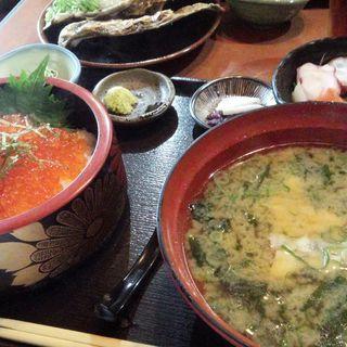 いくら定食(まるさん松本)