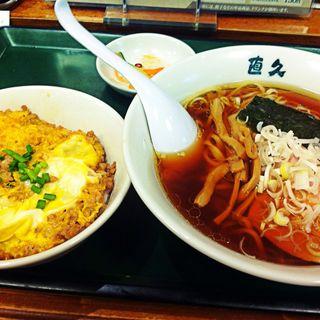 らーめん+ミニそぼろ親子丼セット(直久 新青山ビル (なおきゅう))
