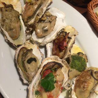 牡蠣のオーブン8種盛り合わせ(gigas Oyster Spot Bar 高田馬場店 (ギガス))