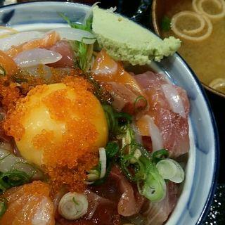 海鮮ユッケ丼(魚あほ一代 )