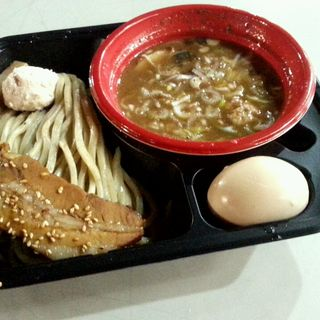 つけ麺(感謝盛り)(とみ田 )