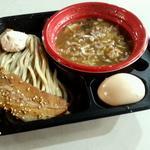 つけ麺(感謝盛り)